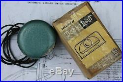 Vintage nos 60s Under Hood lamp auto accessory bay light gm street rat hot rod